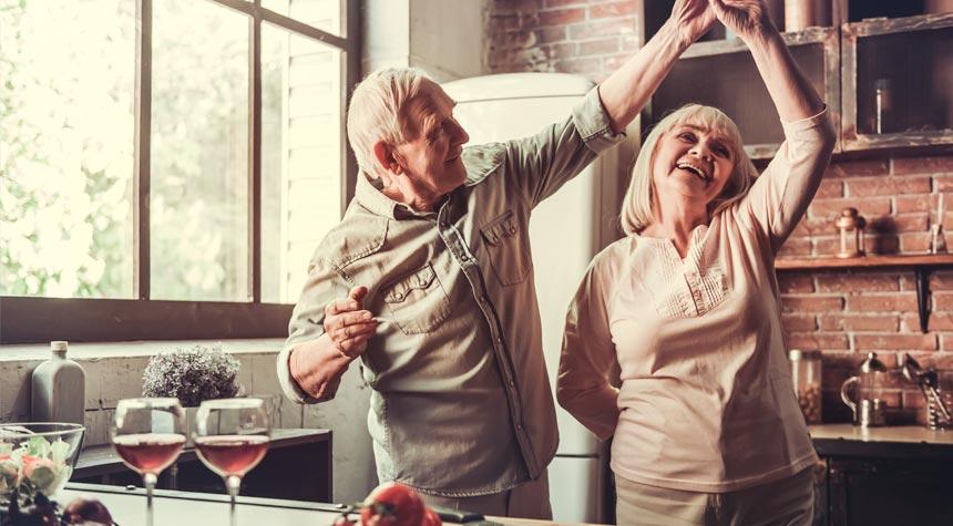 elderly-food-health-nutrition-eating-01