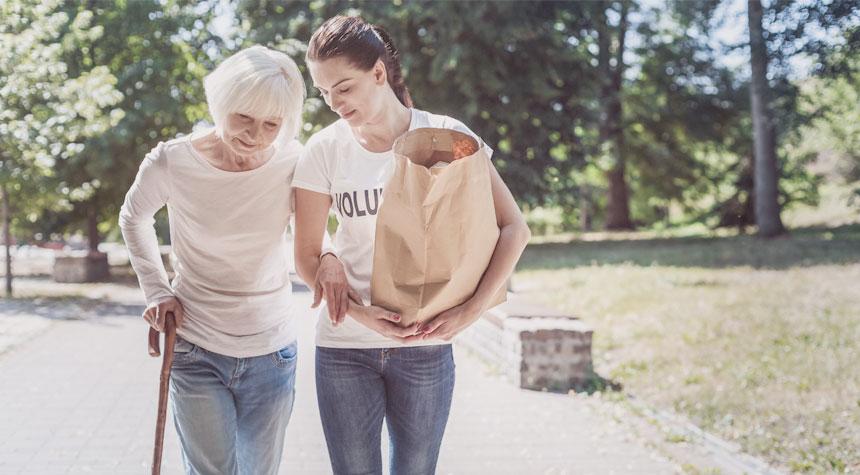 helping-elderly-seniors-help